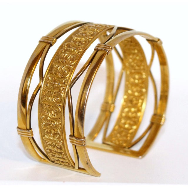 Traditional 1930s to 1940s Krementz 14k Gold Overlay Ornate Motif Cuff For Sale - Image 3 of 6