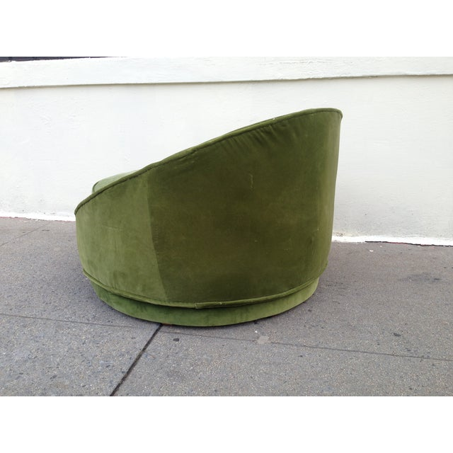 Milo Baughman Emerald Green Swivel Loveseat - Image 6 of 8