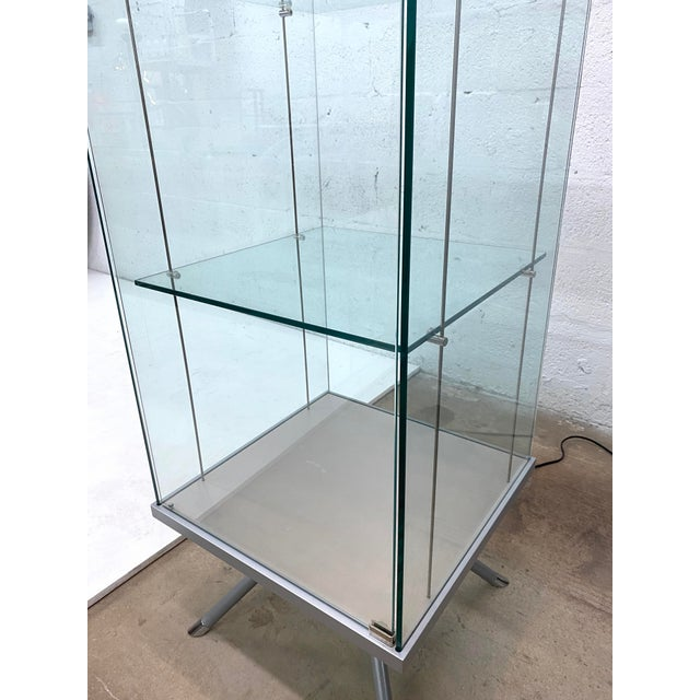 Contemporary Glass Curio / Vitrine With Spot Lamp For Sale In Miami - Image 6 of 13