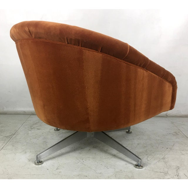 Tufted Swivel Chairs by Ward Bennet for Lehigh Leopold - a Pair For Sale In San Francisco - Image 6 of 8