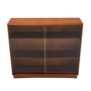 Gibbings for Widdicomb Bookcase with Glass Sliding Doors Mid Century For Sale