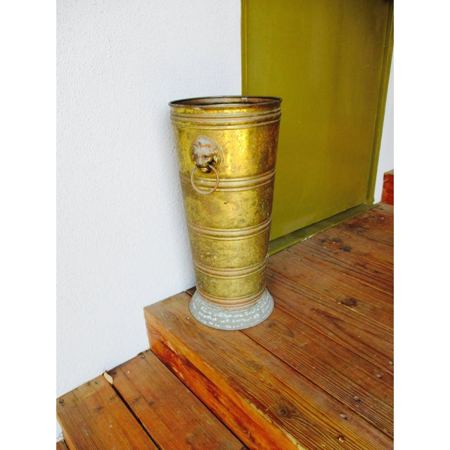 Hollywood Regency Lion Head Brass Umbrella Stand - Image 10 of 10