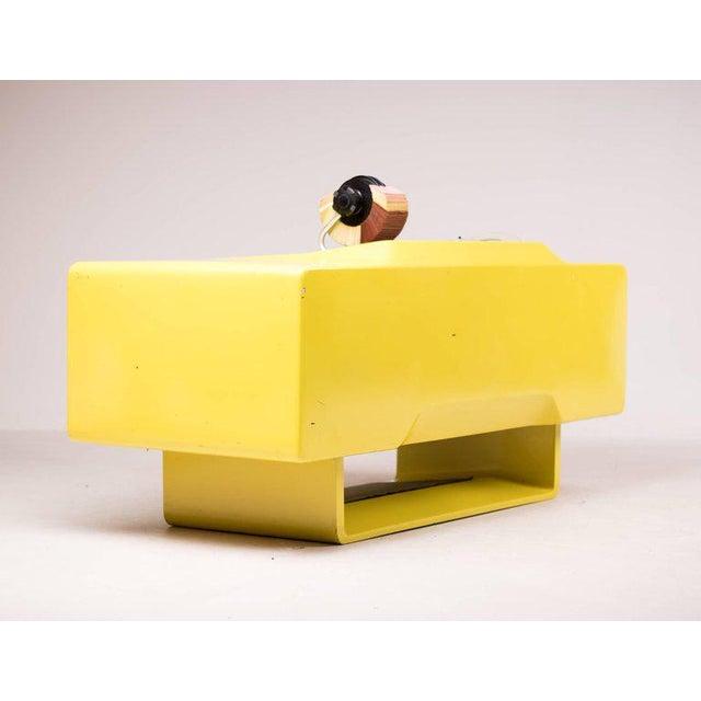 Contemporary Ernest Igl Design Fiberglass Directors Desk by Wilhelm Werndl For Sale - Image 3 of 10