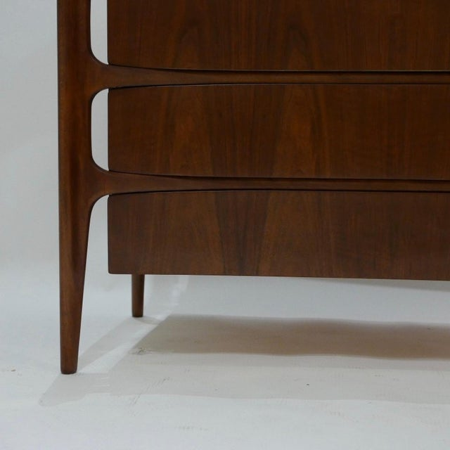 Brown Sculptural William Hinn for Urban Furniture Scandinavian 4 Drawer Walnut Chest For Sale - Image 8 of 11
