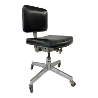 Mid Century Modern Black Vinyl & Chrome Office Chair For Sale