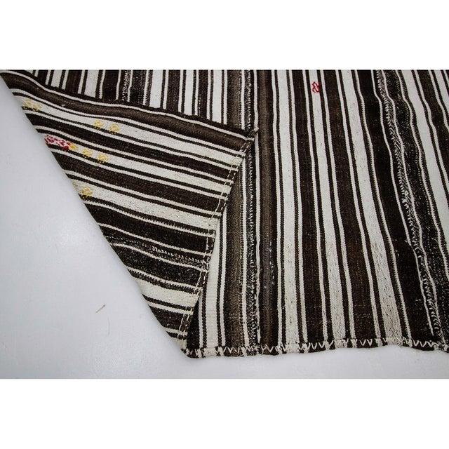 1960s 1960s Vintage Brown & White Striped Kilim Rug- 5′8″ × 9′6″ For Sale - Image 5 of 7