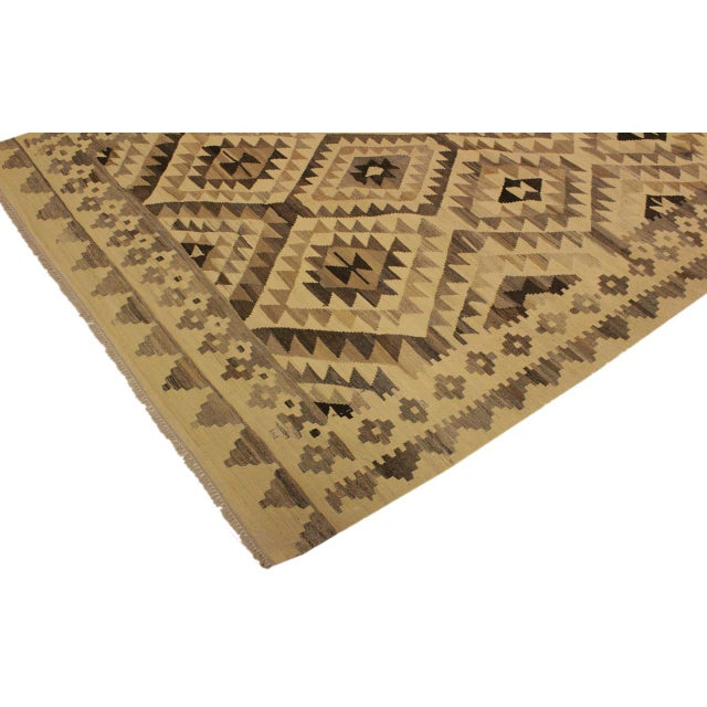 Susanne Ivory/Brown Hand-Woven Kilim Wool Rug -6'0 X 7'10 For Sale - Image 4 of 8
