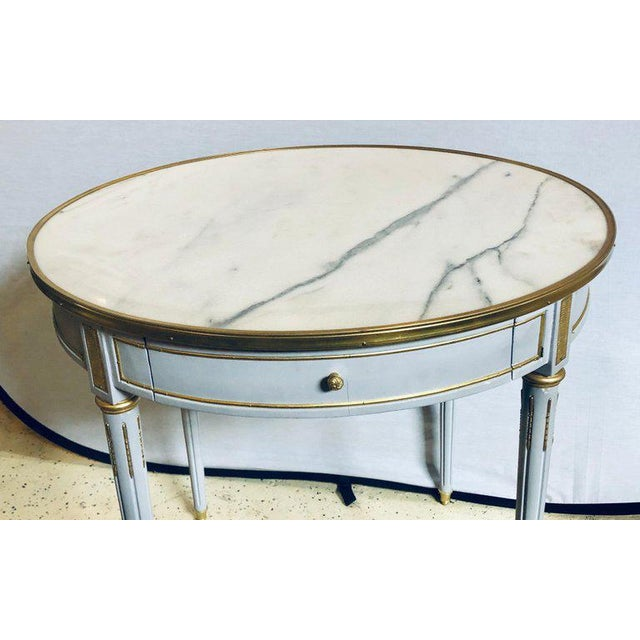 Pair Large Hollywood Regency Painted Bronze Mounted Bouiliotte Center End Tables For Sale In New York - Image 6 of 13