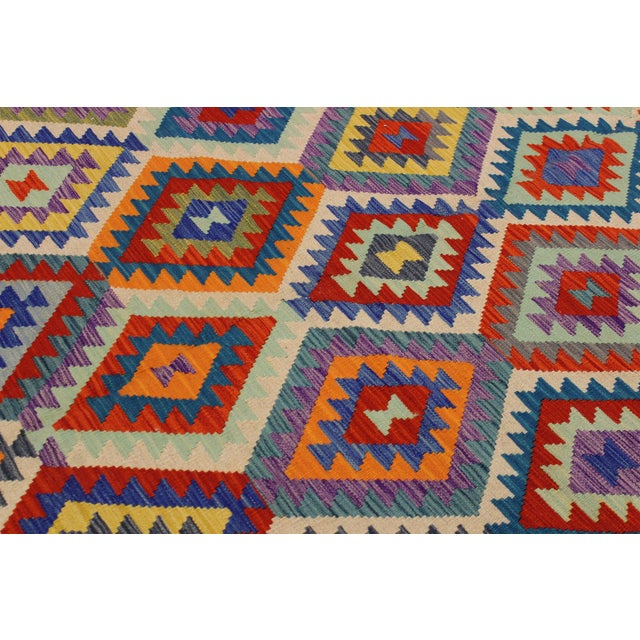 2000 - 2009 Contemporary Bohomian Style Kilim Lan Ivory/Blue Hand-Woven Wool Rug - 8'1 X 9'7 For Sale - Image 5 of 8