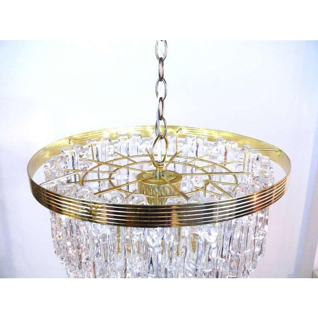 Mid 20th Century Tiered Lucite Icicle Chandelier For Sale - Image 5 of 10