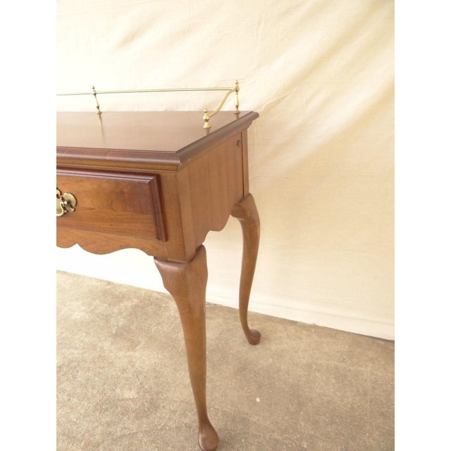 Queen Anne American Drew Cherry Queen Anne Sofa Hall Foyer Table Console For Sale - Image 3 of 11