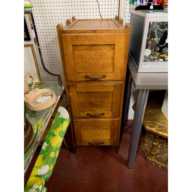 Metal 1910s Oak Industrial Three Drawer File Cabinet by Weis For Sale - Image 7 of 7