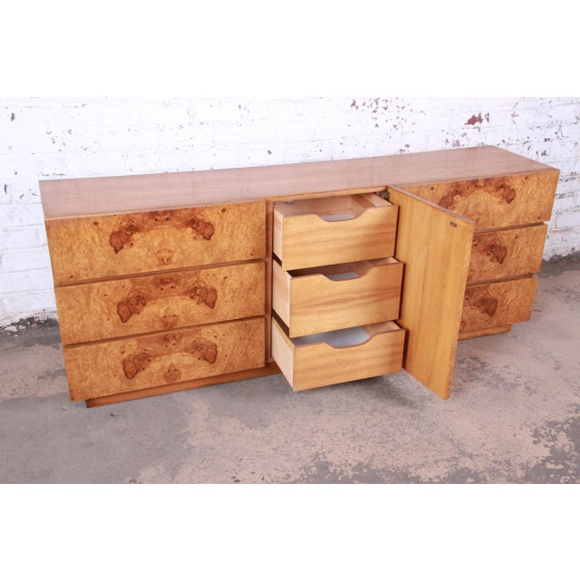 Milo Baughman Style Burl Wood Long Dresser or Credenza by Lane For Sale In South Bend - Image 6 of 13