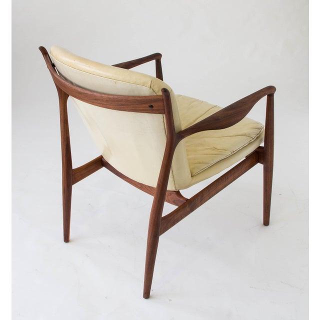 """White Finn Juhl """"Delegate"""" Armchair For Sale - Image 8 of 11"""