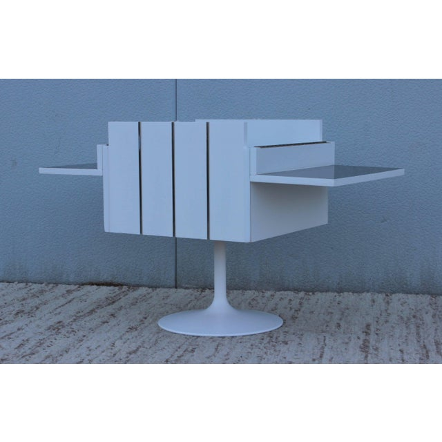 Mid-Century Modern Swivel Bar/Cabinet by Lane For Sale - Image 10 of 11