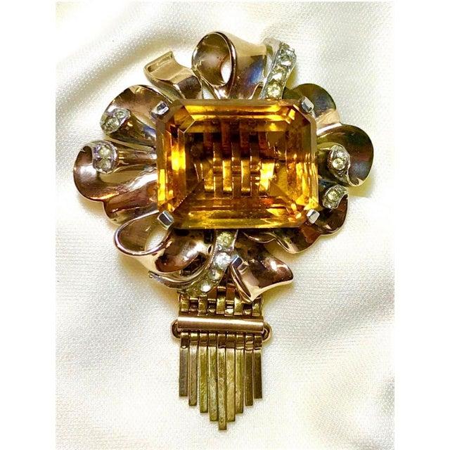 Metal Kreisler Gold Plated Sterling & Topaz Glass Tassel Brooch, 1940s For Sale - Image 7 of 7