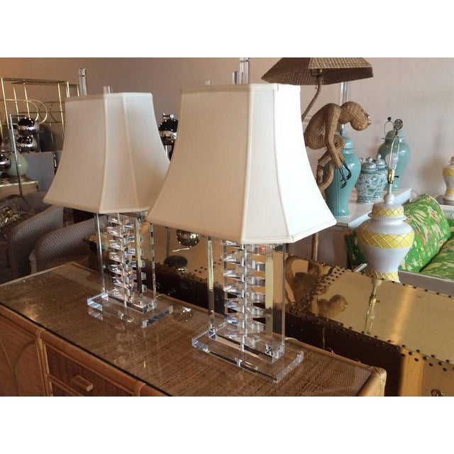 Lucite Hollywood Regency Lucite Stacked Table Lamps - a Pair For Sale - Image 7 of 11