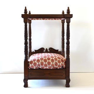 Colonial Indian Four Poster Canopy Dog Bed Preview