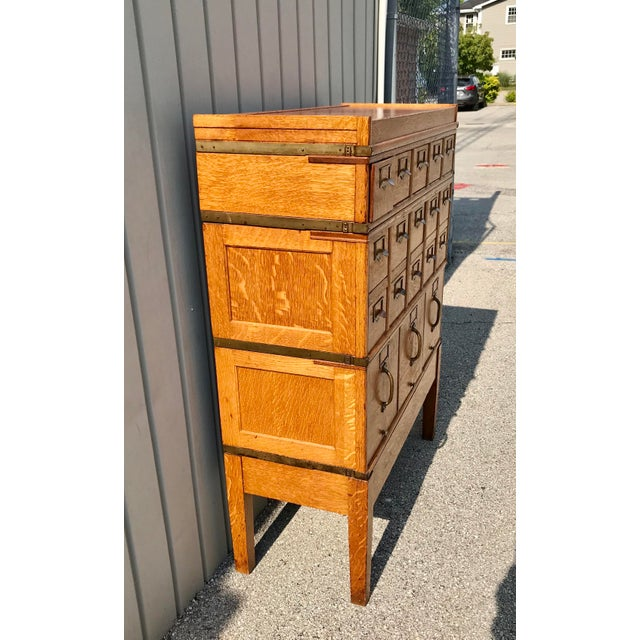 Antique Globe-Wernicke Arts and Crafts Era Tiger Oak Library Card Catalog Filing Cabinet For Sale In Indianapolis - Image 6 of 13
