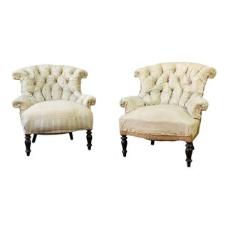 Pair of 19th Century French Tufted Armchairs in Muslin For Sale