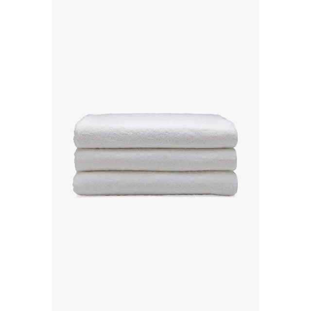 Gotham Cotton Sheet Towel in White/Slate