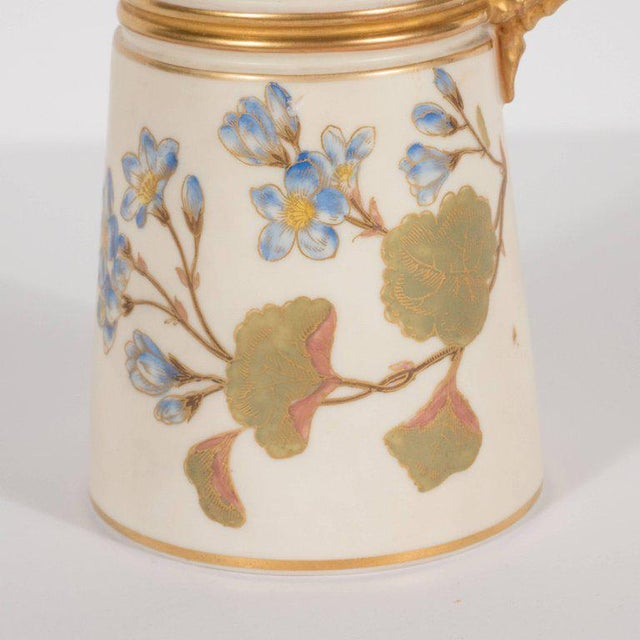 Hand-Painted Gilded Art Nouveau Bonn Royal Worcester Vase with Floral Motif For Sale In New York - Image 6 of 11