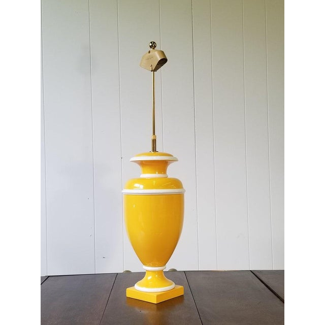 Vintage Italian Ceramic Lamp in Yellow and White For Sale - Image 4 of 9