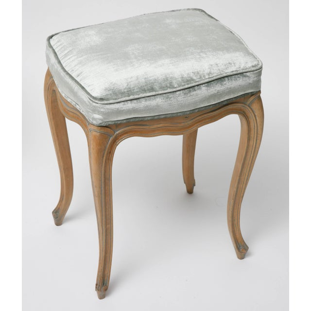 1960s Vintage Louis XV Beechwood Benches / Stools in Blue-Grey Silk Velvet - a Pair For Sale - Image 5 of 11