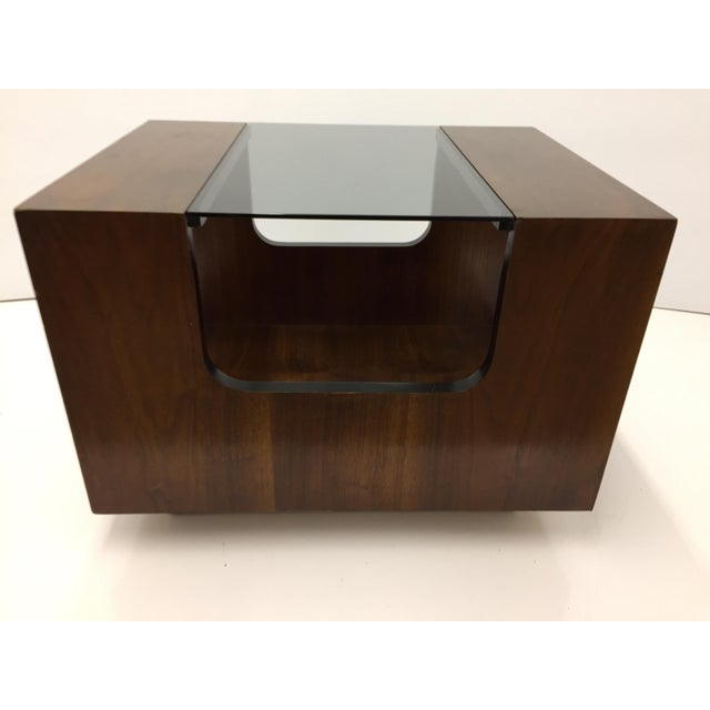 Nice larger cubed side or end table with dark smoked glass and walnut veneer wood. Made by Lane. Excellent vintage...