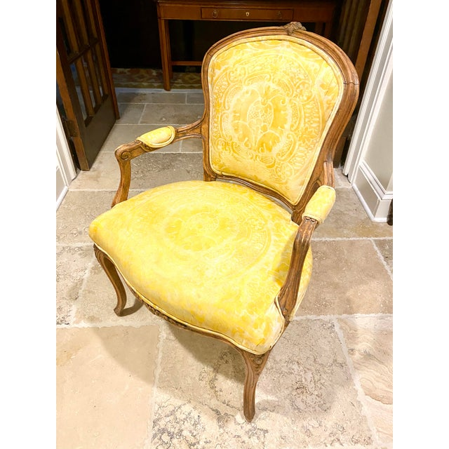 French Provincial French Fauteuil in Fortuny Fabric For Sale - Image 3 of 10