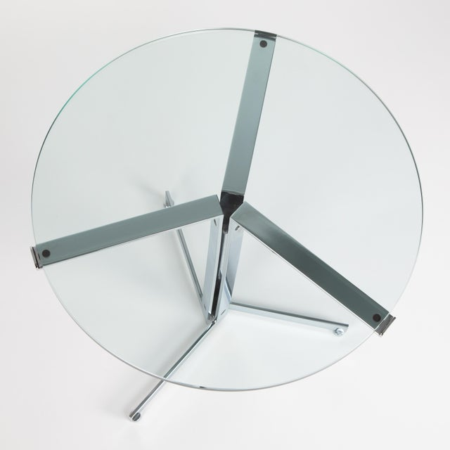 "Hans Eichenberger 1970s Hans Eichenberger ""Alpha"" Side Tables in Chrome and Glass - a Pair For Sale - Image 4 of 12"