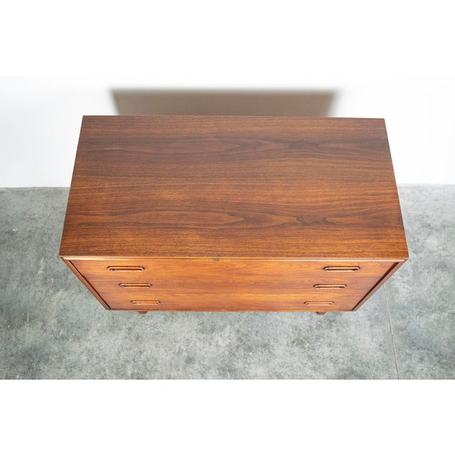 Danish Modern Jack Cartwright for Founders Mid-Century Walnut 3-Drawer Chest or Nightstand For Sale - Image 3 of 5