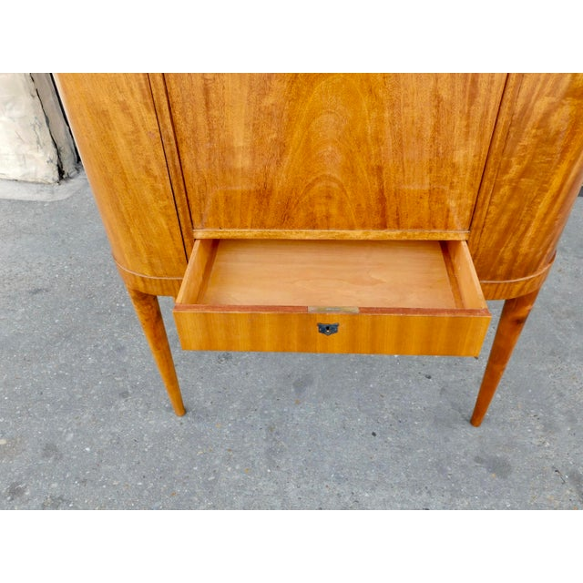 Brown 1940s Art Moderne Secretary Desk and Dry Bar in Honduran Mahogany For Sale - Image 8 of 13