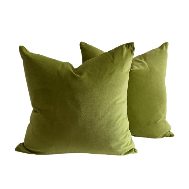 Contemporary Green Chartreuse Velvet Knife Edge Pillow Cases - a Pair For Sale