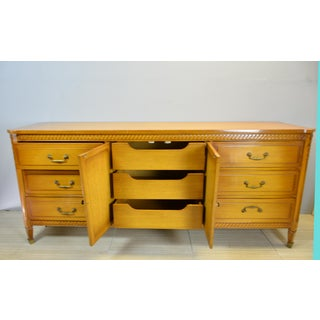 Mid Century 9-Drawers Dresser Preview