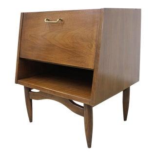 Mid-Century Modern American of Martinsville Merton Gershun Dania Nightstand For Sale