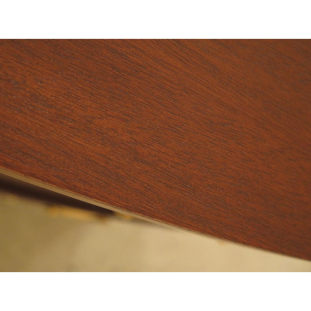 Brown 1960s Federal Biggs Inlaid Mahogany 4 Drawer Bow Front Chest For Sale - Image 8 of 13
