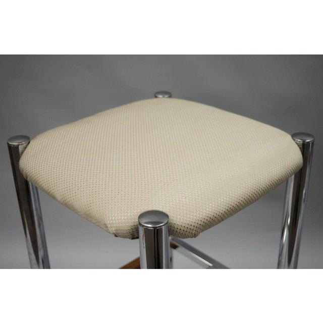 Pair Mid Century Modern Chrome & Oak Wood Barstools Bar Stools Vtg Baughman Era - Image 5 of 11