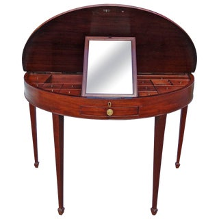 18th Century George III Hepplewhite Mahogany Dressing Table For Sale