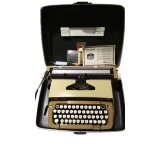 Smith-Corona Galaxie XII 12 Typewriter & Case For Sale