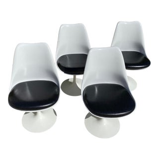 Saarinen Tulip Armless Chairs- Set of 4 For Sale