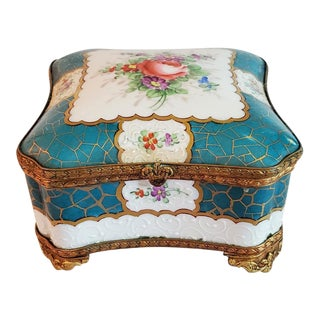 19c Samson Paris Porcelain Trinket Box For Sale