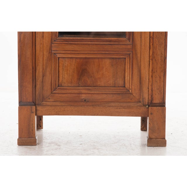 French 19th Century Walnut Vitrine - Image 3 of 10
