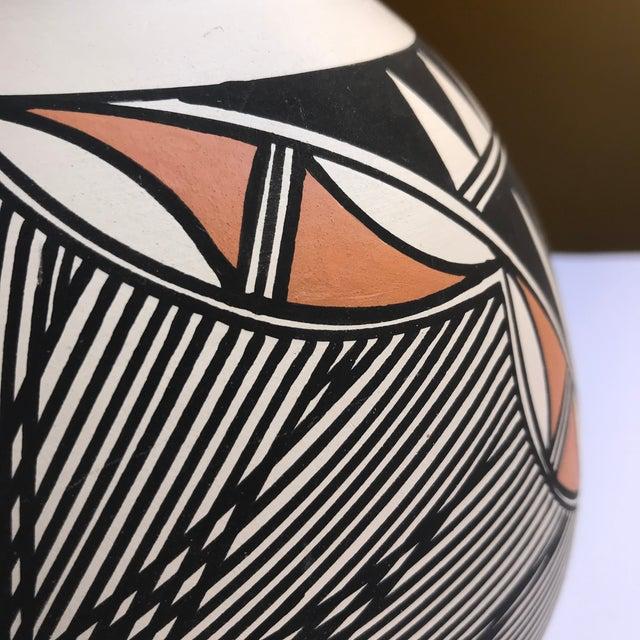 Ceramic Acoma Pueblo Pottery Signed Char Victorino For Sale - Image 7 of 8
