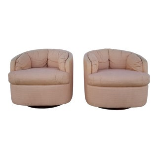 1985 Pair of Mid-Century Milo Baughman Style Carson's Swivel Barrel Chairs For Sale