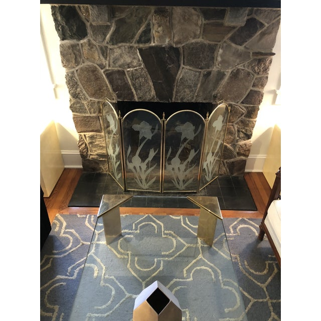 Vintage Mid Century Hollywood Regency 4 Panel Brass Etched Glass Fireplace Screen For Sale In New York - Image 6 of 11