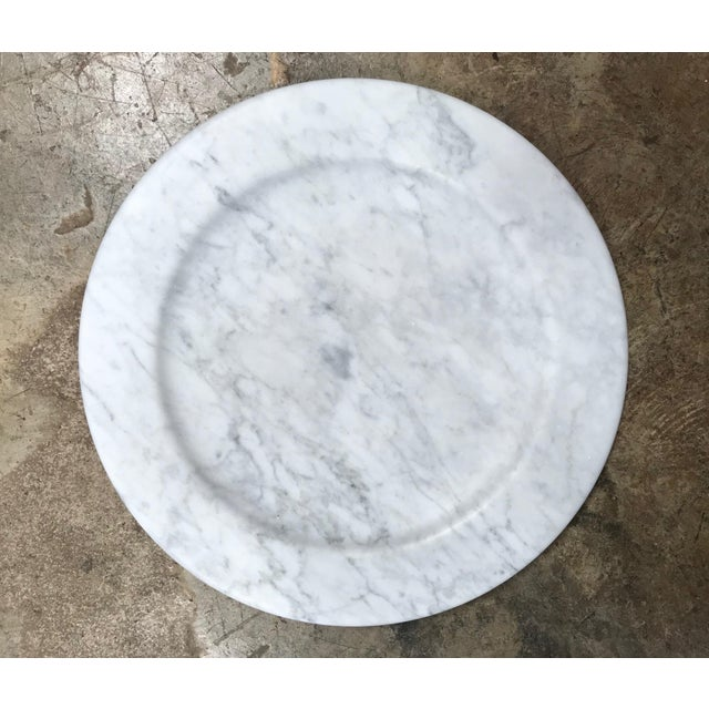 Italian Set of 8 Carrara Marble Dinner Plates or Plate, Italy For Sale - Image 3 of 8