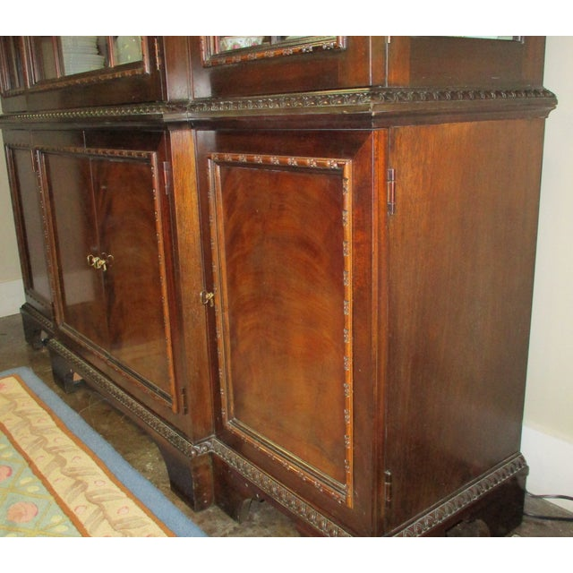 Brown 1990s Hickory White Breakfront Four-Door Inlaid Mahogany China Cabinet For Sale - Image 8 of 11