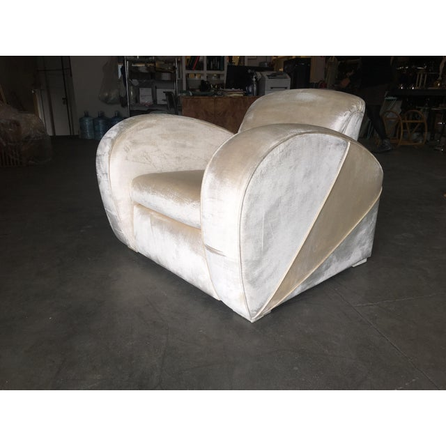 Art Deco Pearl White Mohair Jazz Club Chair W/ Speed Arms For Sale - Image 4 of 11