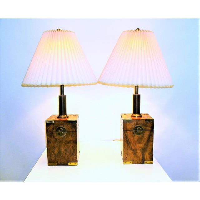 1970s Campaign Style Burl Wood Faux Tea Box Table Lamps - a Pair For Sale - Image 4 of 13